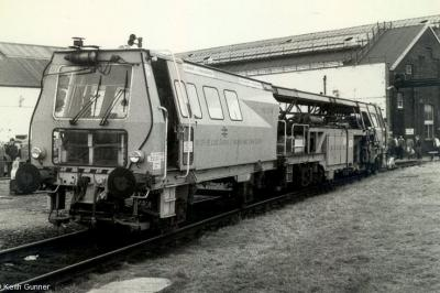 73237 at Old Oak Common  by Keith Gunner