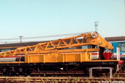 DRA 81547 at Old Oak Common  by Peter Cummings