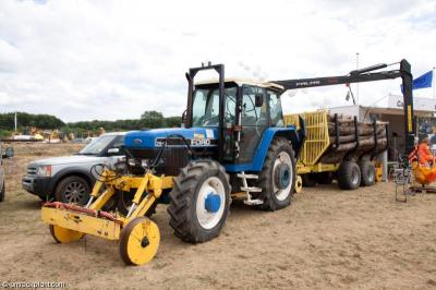 Thumbnail of Capel tractor 975070 and trailer