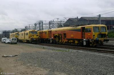 999800, 999801 & DR 73936 at Lichfield Trent Valley  by Roy Hennefer
