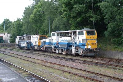 Photo of DR77322 & DR73249 at Norwich station carriage sidings