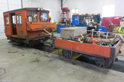 Photo of Fairmont Railcar 2021 and Trailer