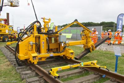 Photo of Geismar Sleeper Replacing Module Model ORT at Long Marston - Rail Live 2014