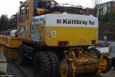 Photo of Keltbray E1334 at Haywards Heath Car Park Compound