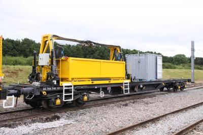 Thumbnail of Railcare support wagon 33 704 746 197-1