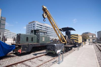 Thumbnail of Spanish Steam Crane