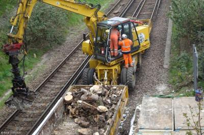 Photo of TRS TRS705 (99709 940636 2) at Hove Tunnel Cutting Work Site (embankment works)