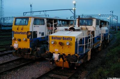 DR 77315 & DR 77322 at Colchester OTPD  by Ben Williams