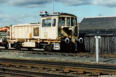 97703 at Dalmeny  by Roy Hennefer