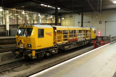 Photo of 98008 at Euston Station