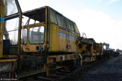 Photo of 735 at Polmise yard