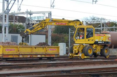 Thumbnail of Quattro 476 (99709 940742 8) With Quattro 788 (99709 010589-8) In Eastfield Possession