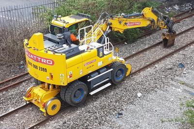 Quattro QPL1110 (99709 910114 6) at Crumlin - working on track  by Ben Williams