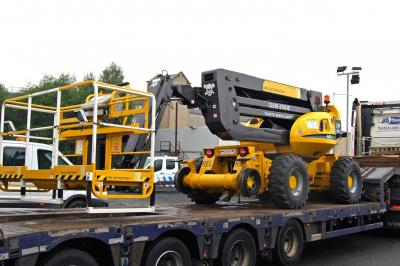 Thumbnail rel009-914442-9-on-low-loader-1