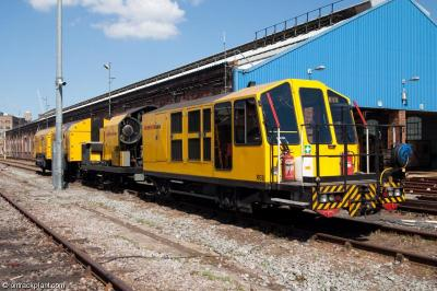 Schweerbau RGU at Lillie Bridge Depot  by ontrackplant.com
