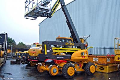 Photo of TRAC SV310 912252 2 Neotec Skyrailer 400 RR at Eurocentral - TRAC Depot